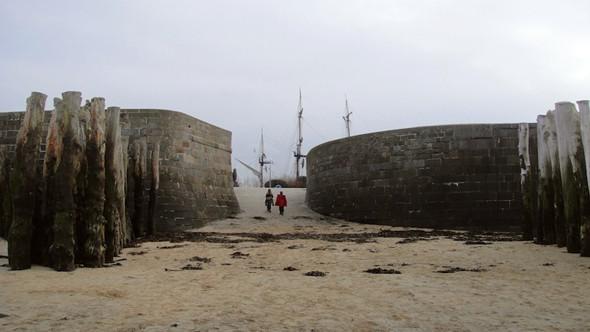 Пляж в Сен-Мало. Изображение № 12.