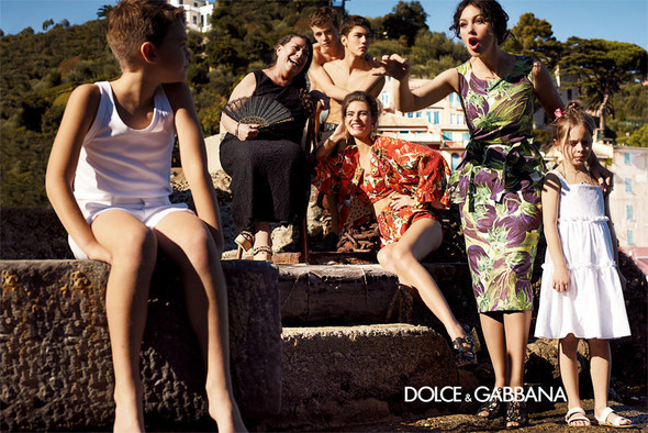 Кампания: Dolce & Gabbana SS 2012. Изображение № 5.