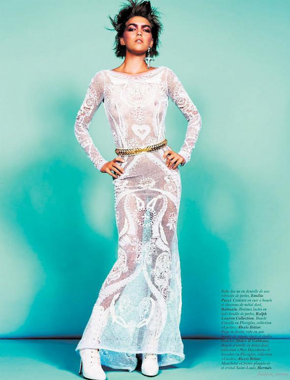 Съёмка: Аризона Мьюз для французского Vogue. Изображение № 10.