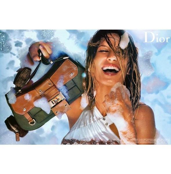 Архивная съёмка: Жизель Бундхен для кампании Dior SS 2002. Изображение № 6.