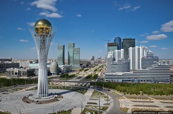 Изображение 1. Астана с высоты птичьего полета.. Изображение № 1.