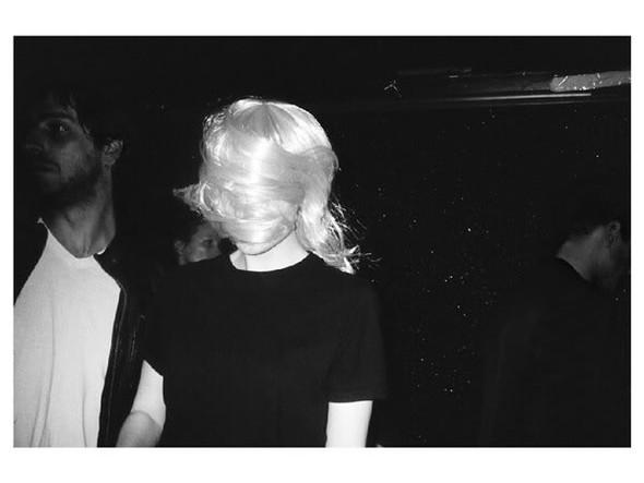 Короли вечеринок: 10 фотографов, снимающих светские и молодежные тусовки. Изображение № 95.