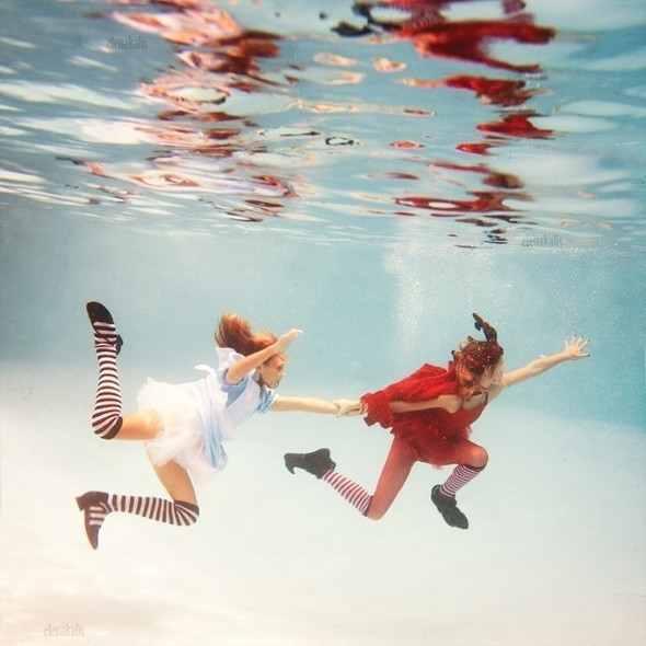 Alice in Waterland. Изображение № 12.