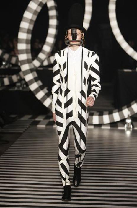 Изображение 2. Fashion-авангард из разных стран.. Изображение № 3.