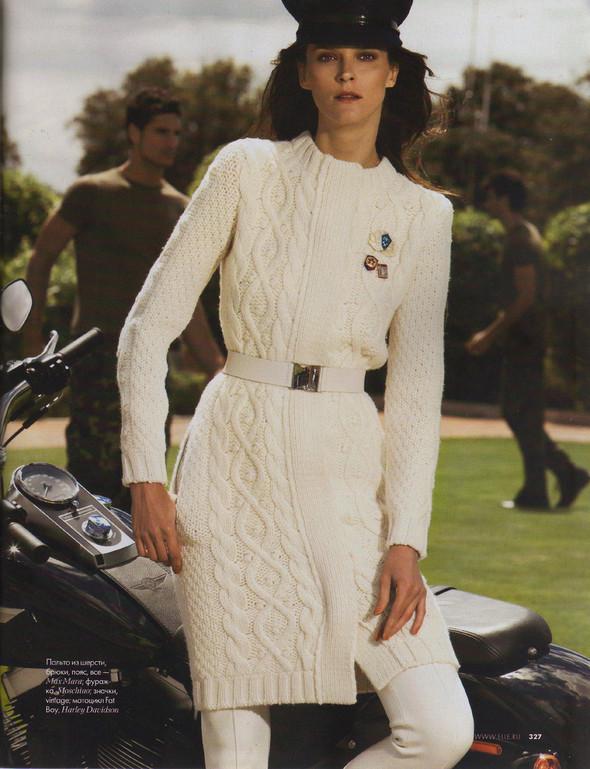 Съёмка: Кармен Касс для российского Elle. Изображение № 6.