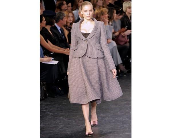 Можно все: Модели на показе Louis Vuitton. Изображение № 23.