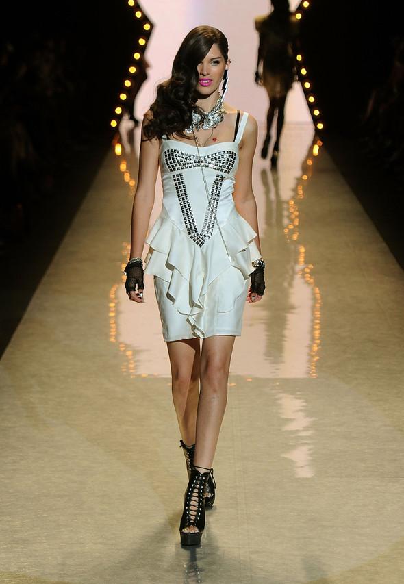 New York Fashion Week: Betsey Johnson Spring 2012. Изображение № 6.