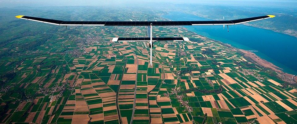 Первый самолёт  на солнечной энергии,  который долетит  на край света. Изображение №12.