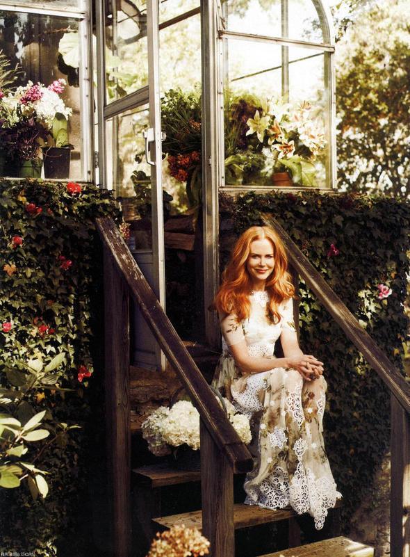 Изображение 71. Съемки: Harper's Bazaar, Industrie, Vogue и другие.. Изображение № 4.