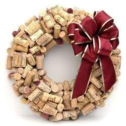 Новогодние украшения из винных пробок. Изображение № 12.