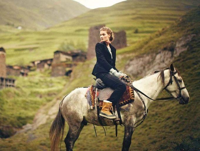 Вышли новые лукбуки Zara, Nasty Gal, Anna October и других марок. Изображение № 75.