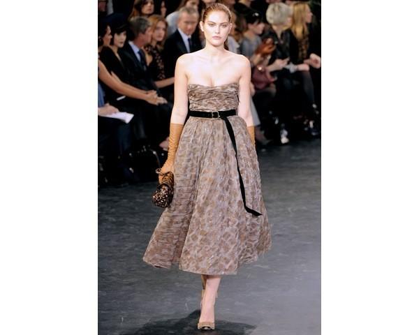 Можно все: Модели на показе Louis Vuitton. Изображение № 30.