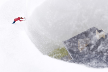 Нетрадиционный подход кфигуркам встеклянном шаре. Изображение № 41.