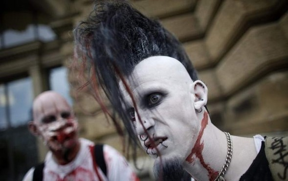 ВоФранкфурте прошел парад зомби. Изображение № 7.