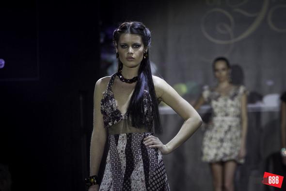 Неделя моды от «Эстет»: осень-2011 (05.10.2011). Изображение № 45.