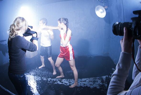 """Бэкстейдж со съёмок в аква студии в духе """"бойцовского клуба"""". Изображение № 1."""