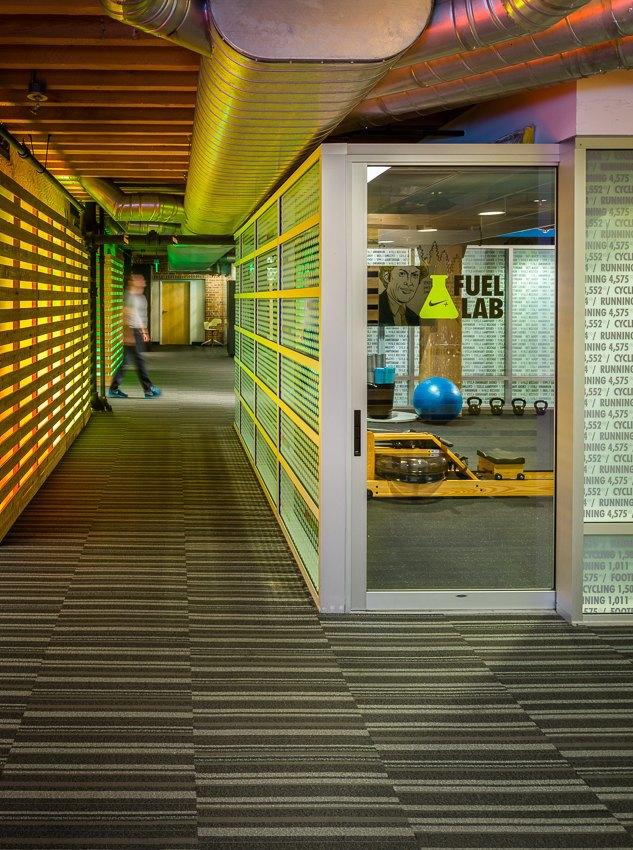 Опубликованы первые фотографии стартап-лаборатории Nike+ Fuel Lab. Изображение № 6.