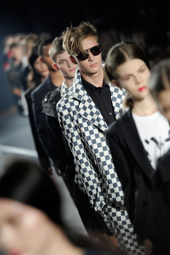 New York Fashion Week: Y-3 SS 2012. Изображение № 9.