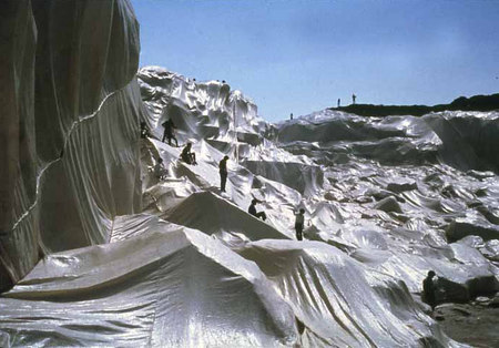 Christo and Jeanne Claude. Изображение № 6.