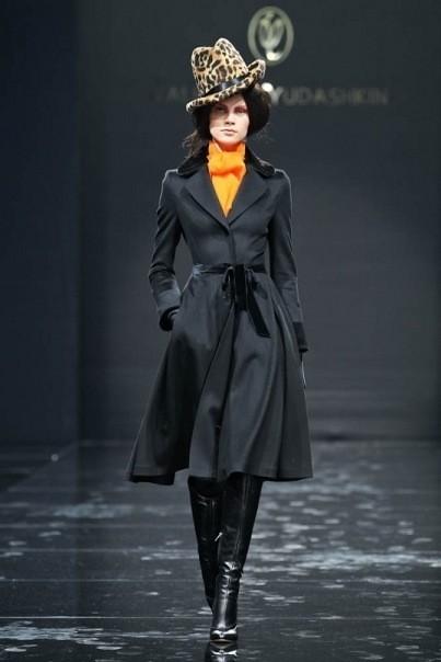 Изображение 6. Volvo Fashion Week. День 1. Valentin Yudashkin fall-winter 2011/12.. Изображение № 6.
