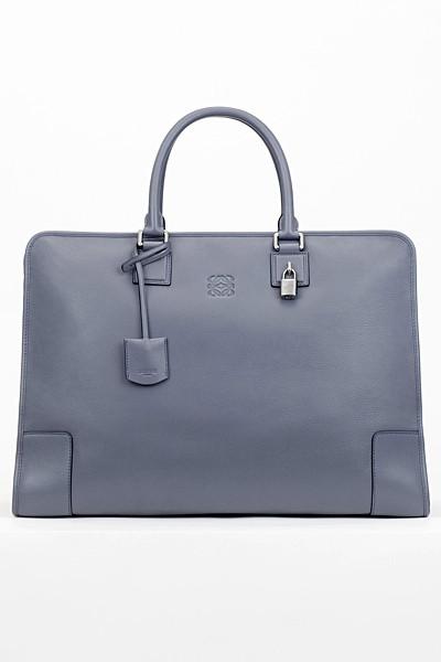 Изображение 68. Лукбуки: Louis Vuitton, Viktor & Rolf, Kenzo и другие.. Изображение № 127.