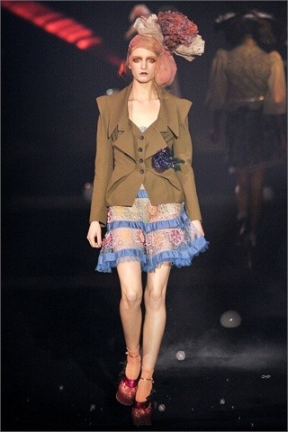 John Galliano Spring-Summer 2010. Изображение № 10.