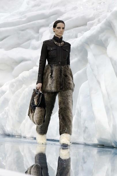 Ледяное шоу от Chanel. Изображение № 12.