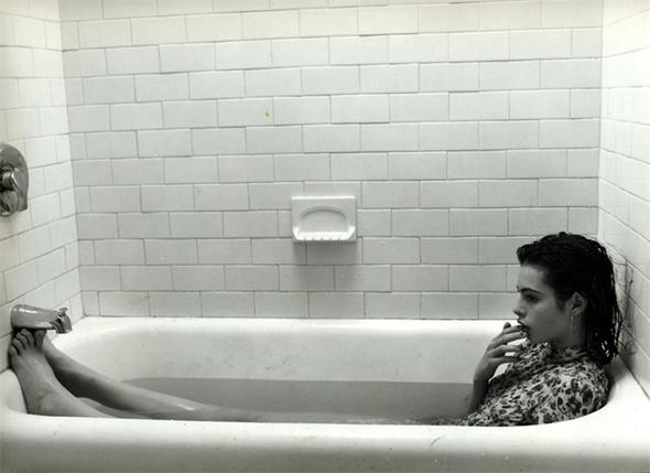 худые девушки фото в ванне
