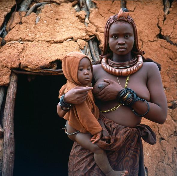 Женщины племени Химба. Намибия. Изображение № 4.