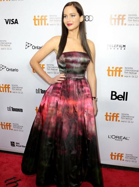 Дженнифер Лоуренс стала лицом Miss Dior. Изображение № 2.