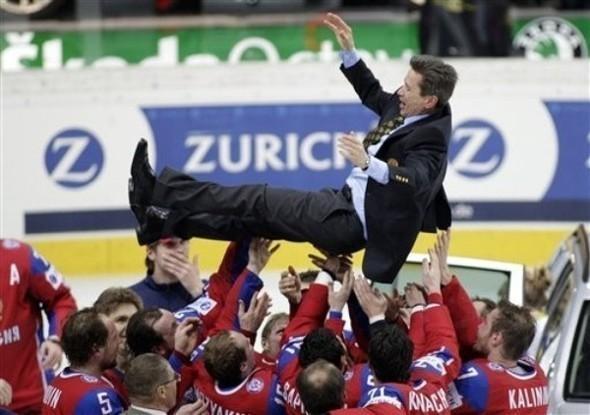 Сборная России похоккею вновь стала чемпионом мира. Изображение № 12.