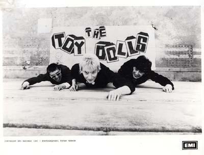 Thetoy dolls – своеобразный панк -рок!. Изображение № 1.