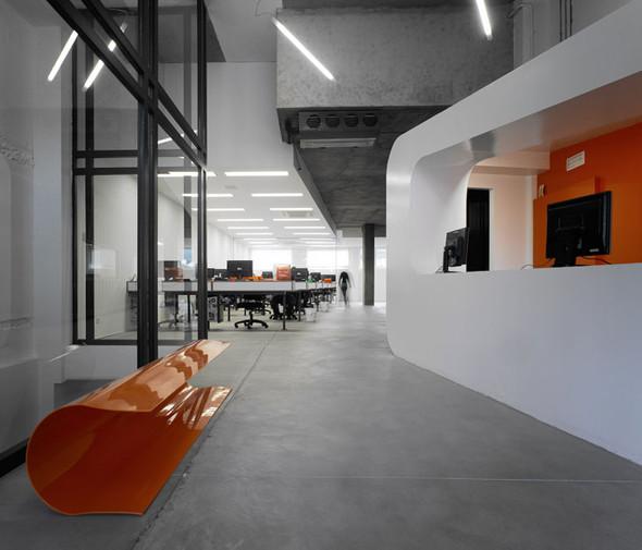 Офис испанской интернет-компании Dinahosting. Изображение № 5.