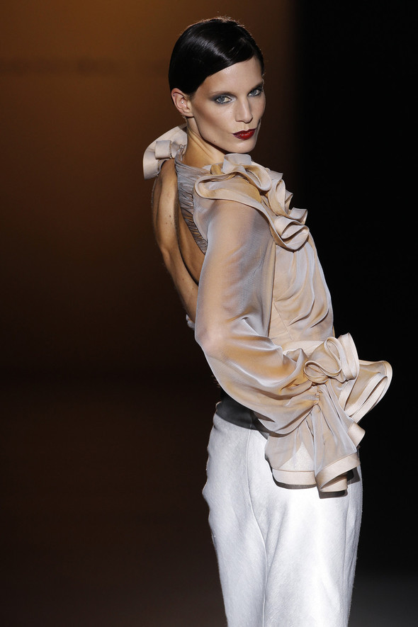 Madrid Fashion Week SS 2012: Hannibal Laguna. Изображение № 3.