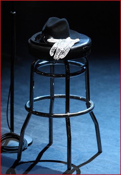 Панихида покоролю поп-музыки Майклу Джексону. Изображение № 33.