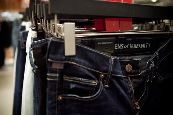 Джинсомания: обзор зоны Denim Fashion в ЦУМе. Изображение № 36.