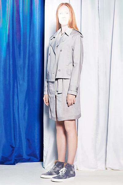 A.P.C., Chanel, MM6, Mother of Pearl, Paule Ka и Yang Li выпустили новые лукбуки. Изображение № 40.