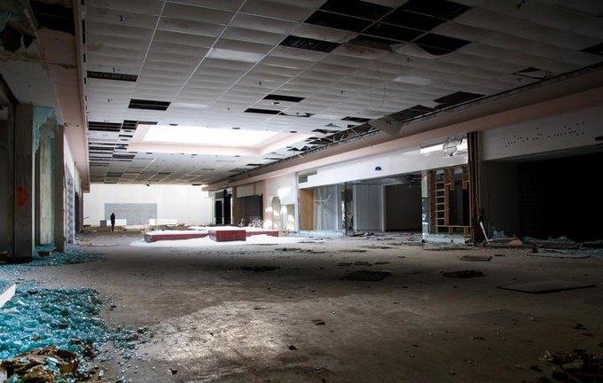 Фото: заброшенный торговый центр в США. Изображение № 6.
