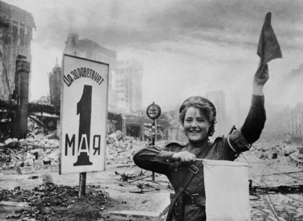Война ипобеда Евгения Халдея. Изображение № 2.