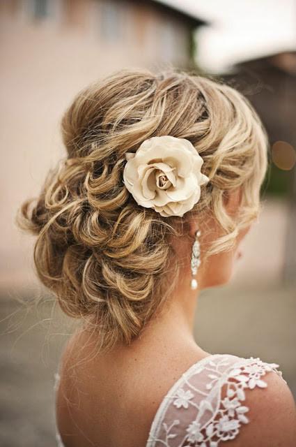 Цветы в волосах. Изображение № 14.