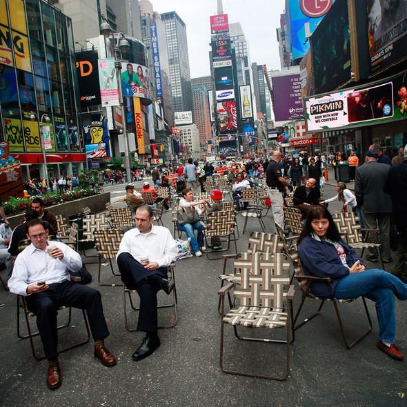 Площадь Таймс-сквер стала пешеходной. Изображение № 6.
