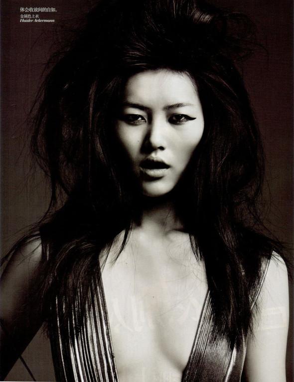 Съёмка: Лю Вэнь и Сунь Фэй Фэй для Vogue. Изображение № 9.