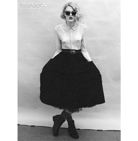 Новые съемки: Vogue, V и другие. Изображение № 15.