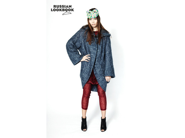Пальто Lovely Stuff, леггинсы Sofia Zharova, маска Dinablin. Изображение № 15.