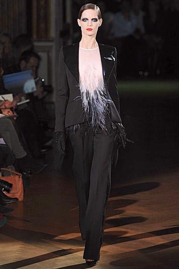 Неделя моды в Париже: Haute Couture. Изображение № 50.