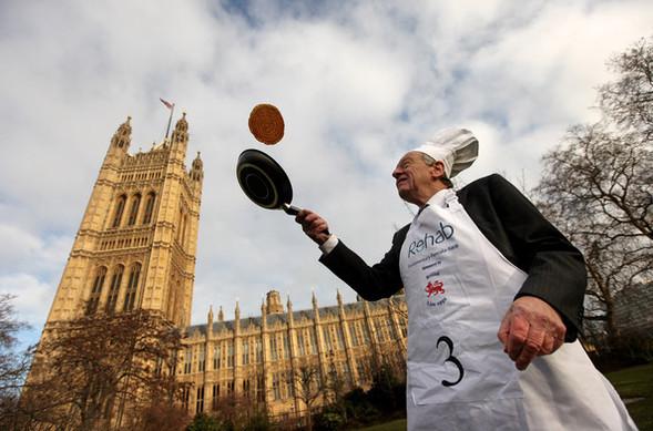Англия: блины и политика. Изображение № 8.