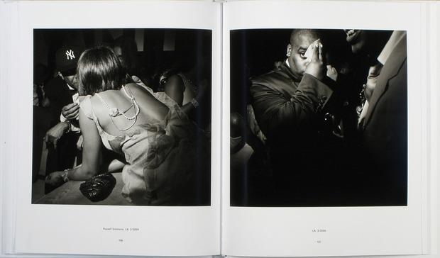 Клубная мания: 10 фотоальбомов о безумной ночной жизни . Изображение №64.