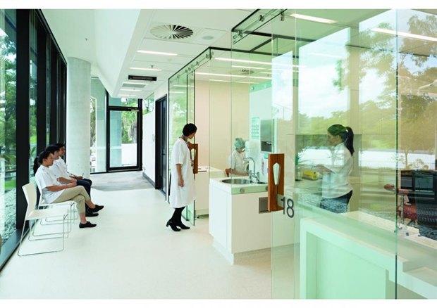 Центр здоровья полости рта Университета Квинсленда в Австралии авторства Cox Rayner Architects. Изображение № 90.