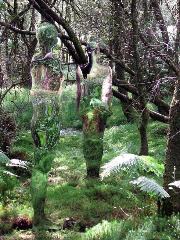 Скульптуры-призраки в шотландском лесу. Изображение № 7.