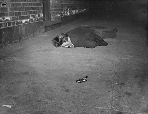 Закон и беспорядок: 10 фотоальбомов о преступниках и преступлениях. Изображение № 22.